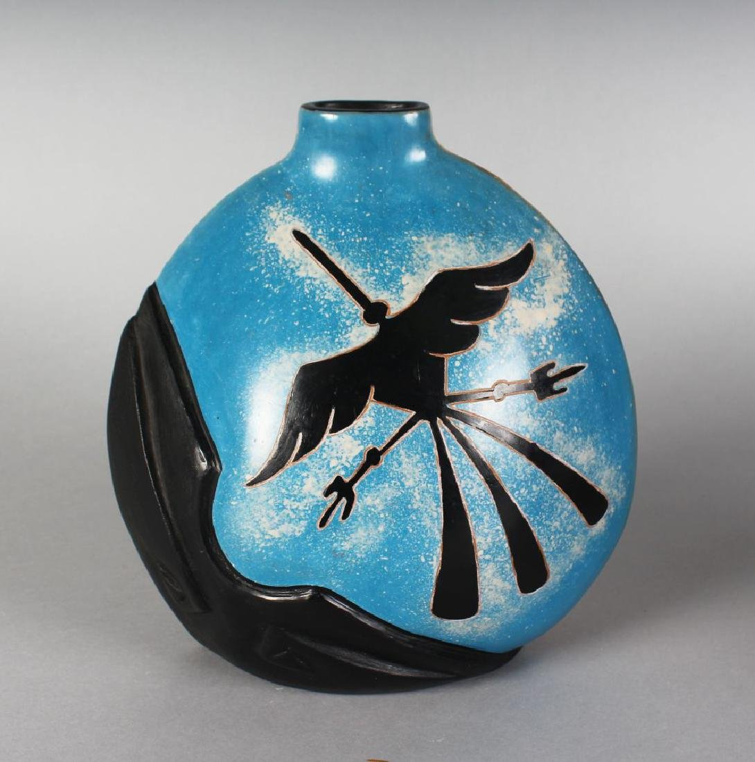 ROSA CARMEN (PERU)  A POTTERY VASE with alligator and - 2