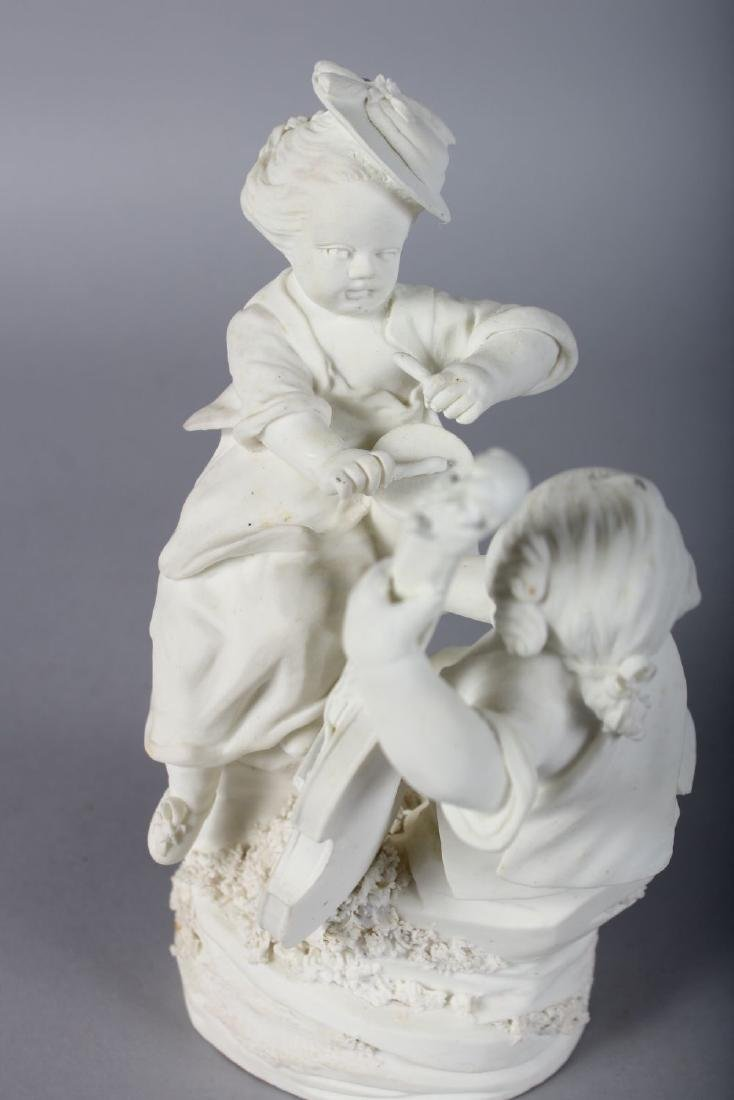 AN 18TH CENTURY MENNECY BISCUIT PORCELAIN FIGURE GROUP - 2