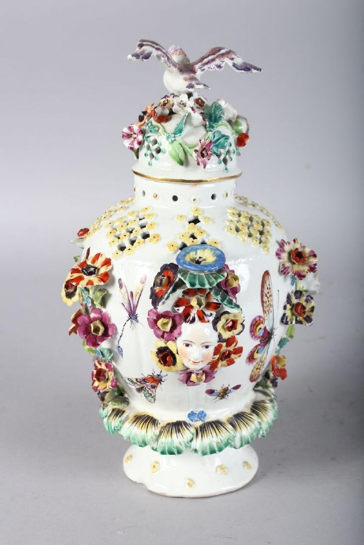 AN 18TH CENTURY DERBY VASE AND COVER encrusted and - 4