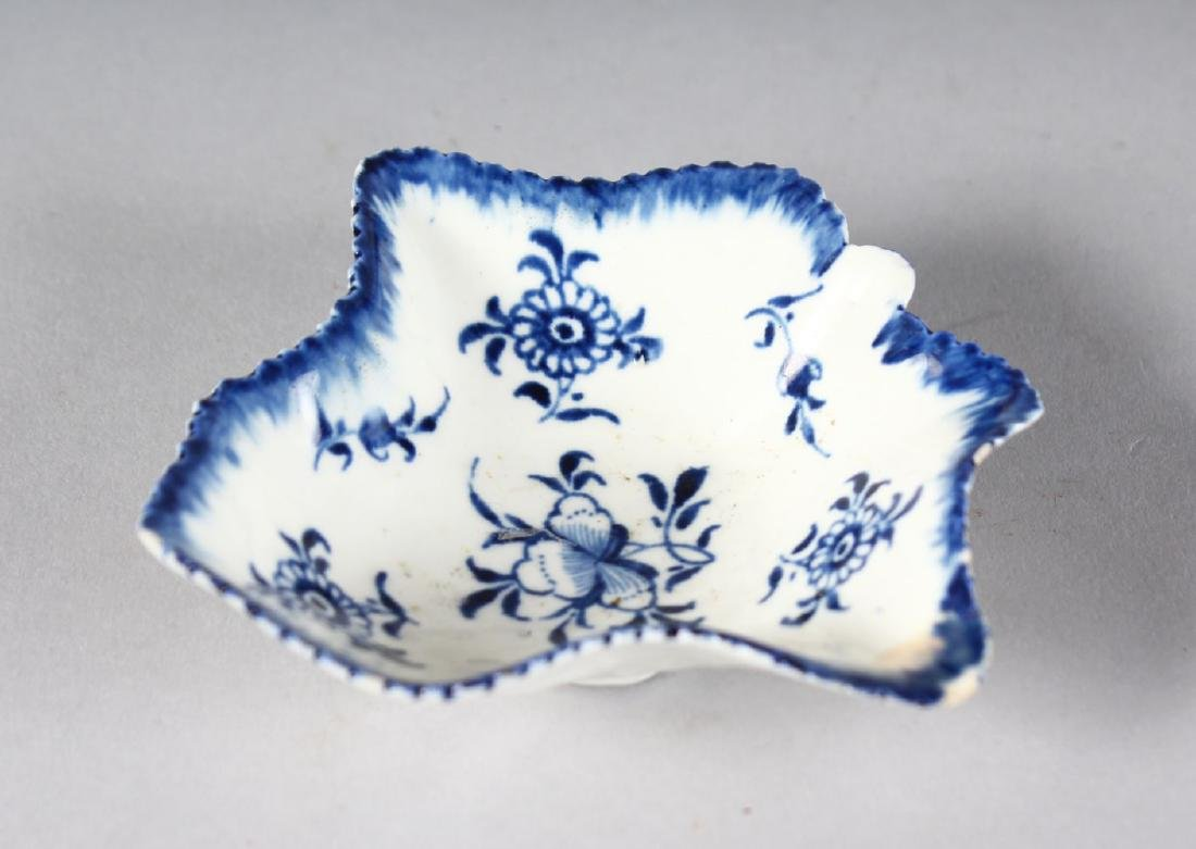AN 18TH CENTURY DERBY PICKLE DISH painted in