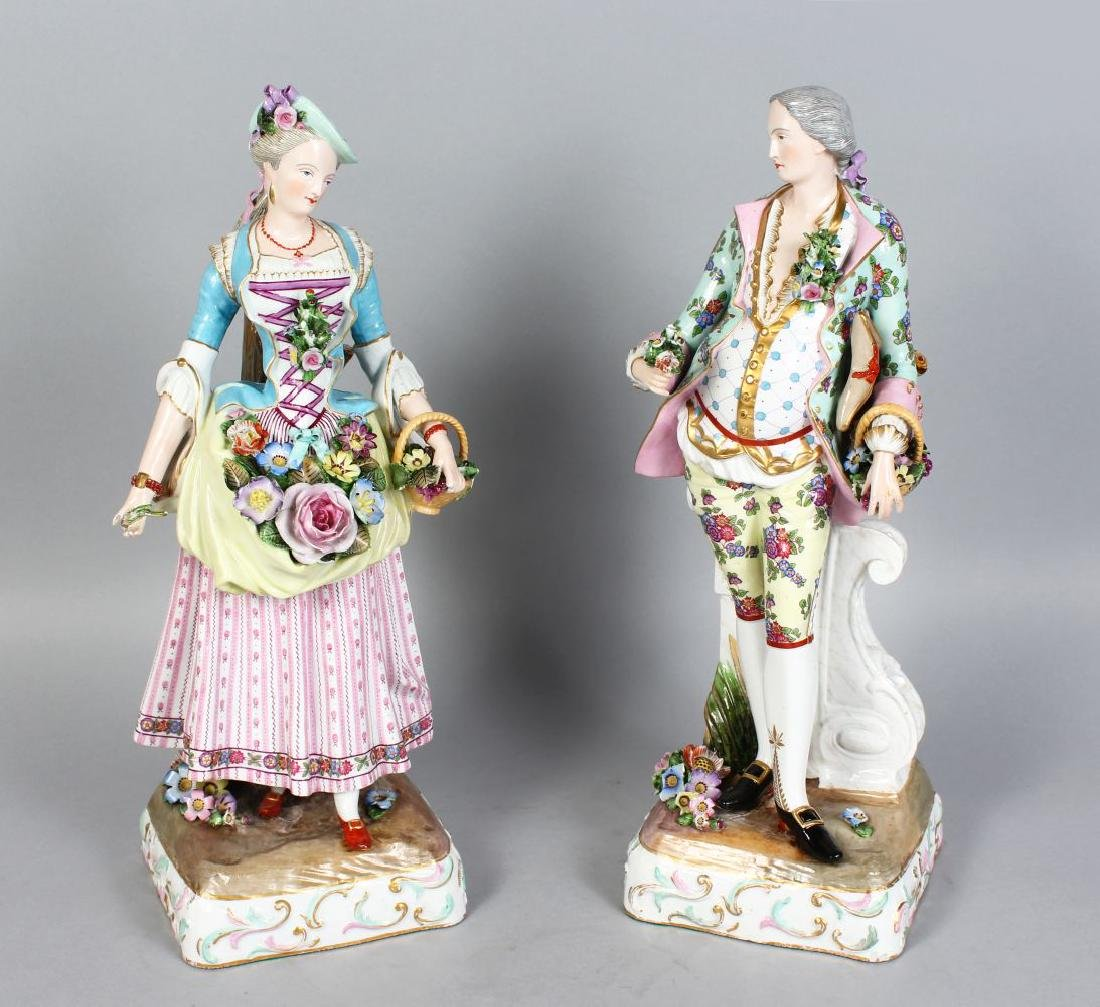 A GOOD PAIR OF MEISSEN PATTERN FIGURES OF A GALLANT AND