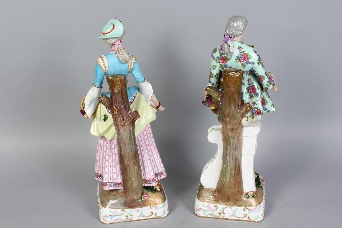 A GOOD PAIR OF MEISSEN PATTERN FIGURES OF A GALLANT AND - 2
