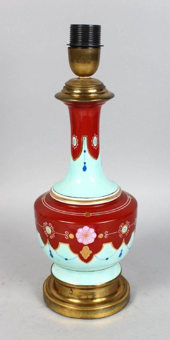 A 1920'S FRENCH PORCELAIN BULBOUS LAMP.  15ins high.