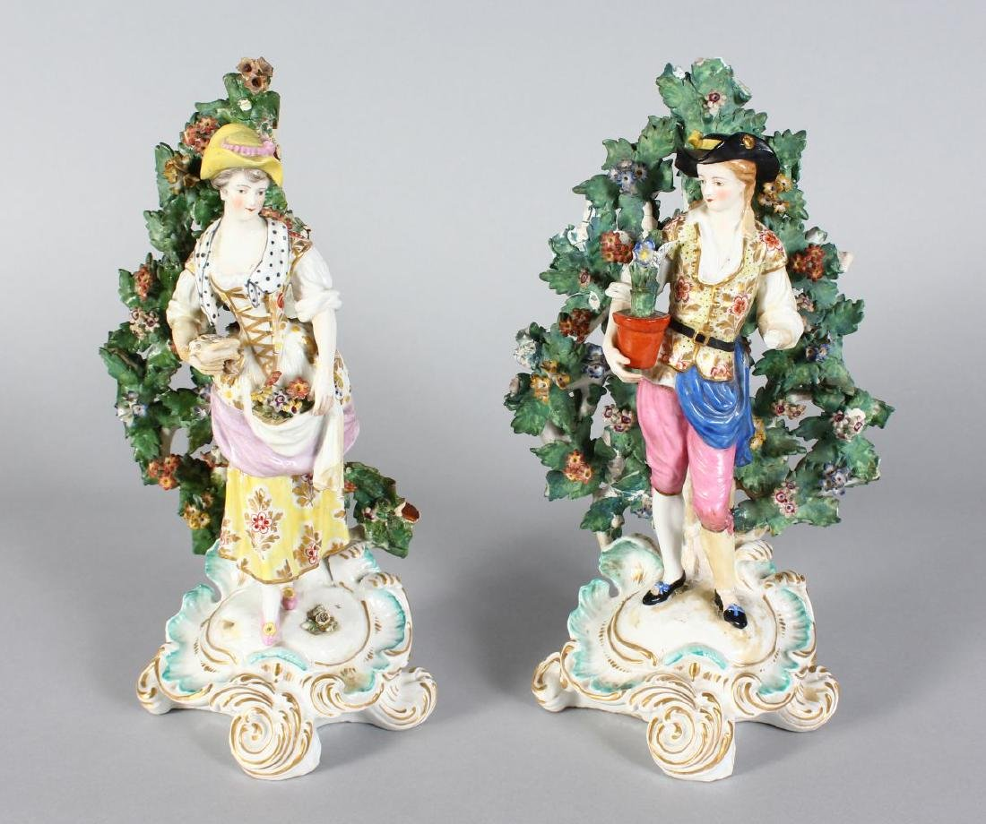 A PAIR OF CHELSEA DERBY BOCAGE FIGURES OF A MAN AND