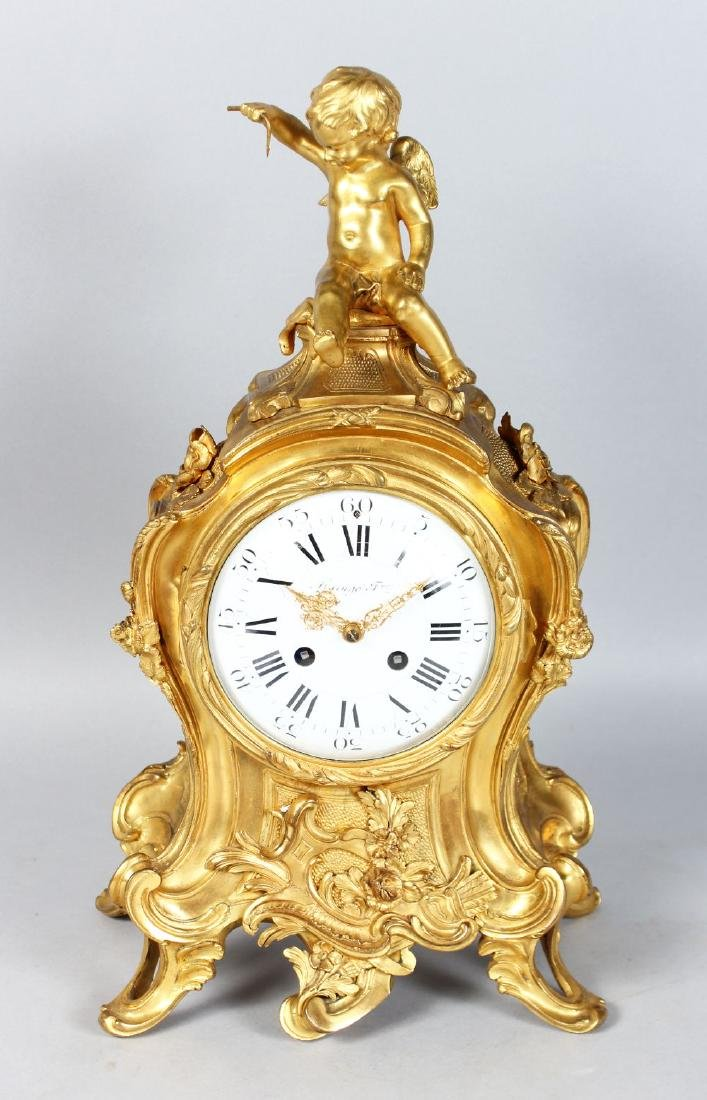 A 19TH CENTURY FRENCH ORMOLU MANTLE CLOCK, with