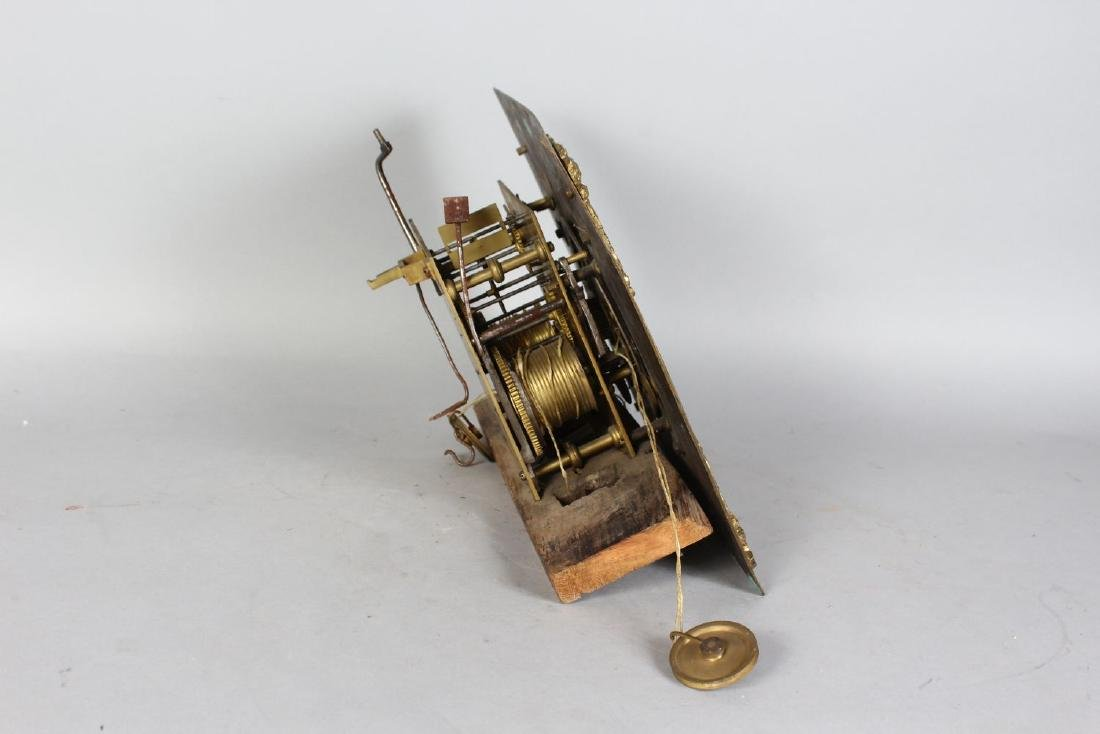 AN 18TH CENTURY 12-INCH DIAL CLOCK MOVEMENT by ROBERT - 4