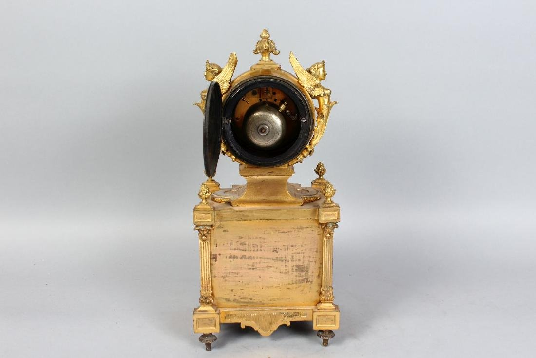 A VERY GOOD 19TH CENTURY FRENCH ORMOLU CLOCK, with - 3