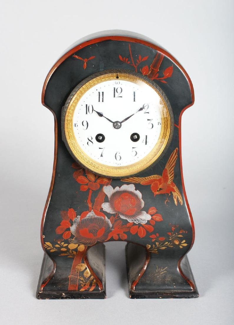 AN EDWARDIAN LACQUERED MANTLE CLOCK, painted with
