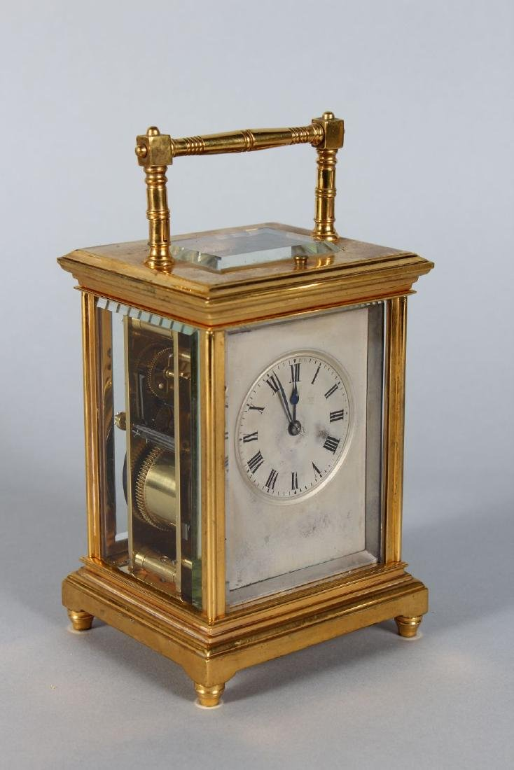 AN 19TH CENTURY FRENCH BRASS REPEATER CARRIAGE CLOCK - 2