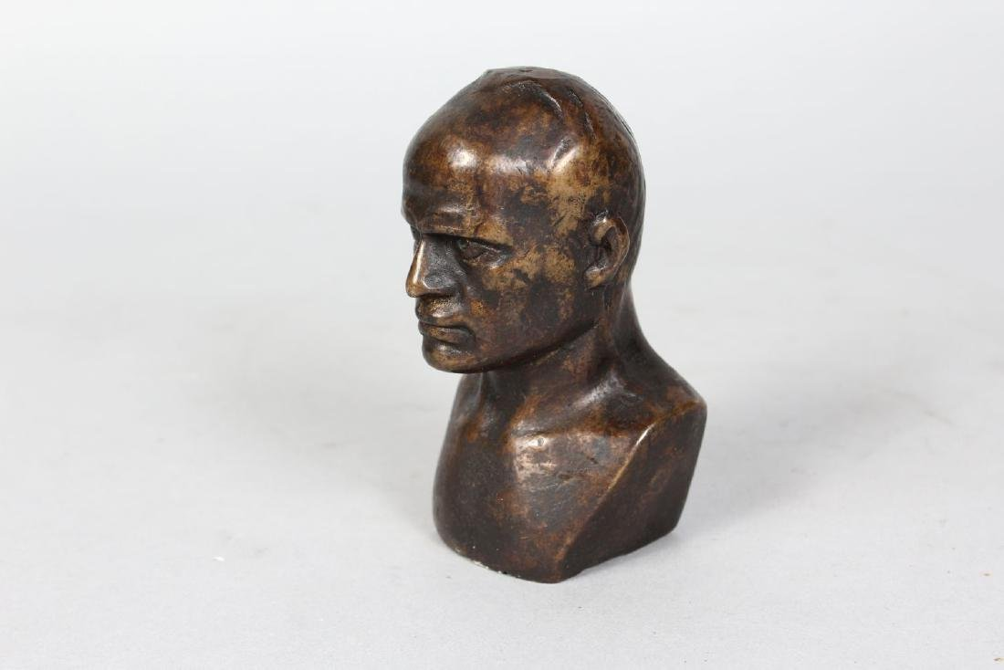 ITALIAN SCHOOL (EARLY 20TH CENTURY)  SMALL BRONZE BUST - 2