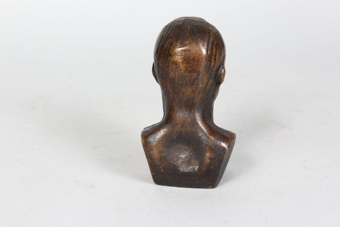 ITALIAN SCHOOL (EARLY 20TH CENTURY)  SMALL BRONZE BUST - 3