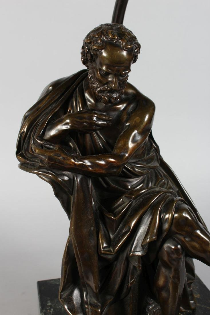 A VERY GOOD BRONZE CLASSICAL SEATED FIGURE OF A MAN - 2