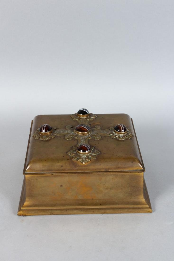 A SUPERB EDWARDS & ROBERTS BRONZE CASKET inset with a - 3