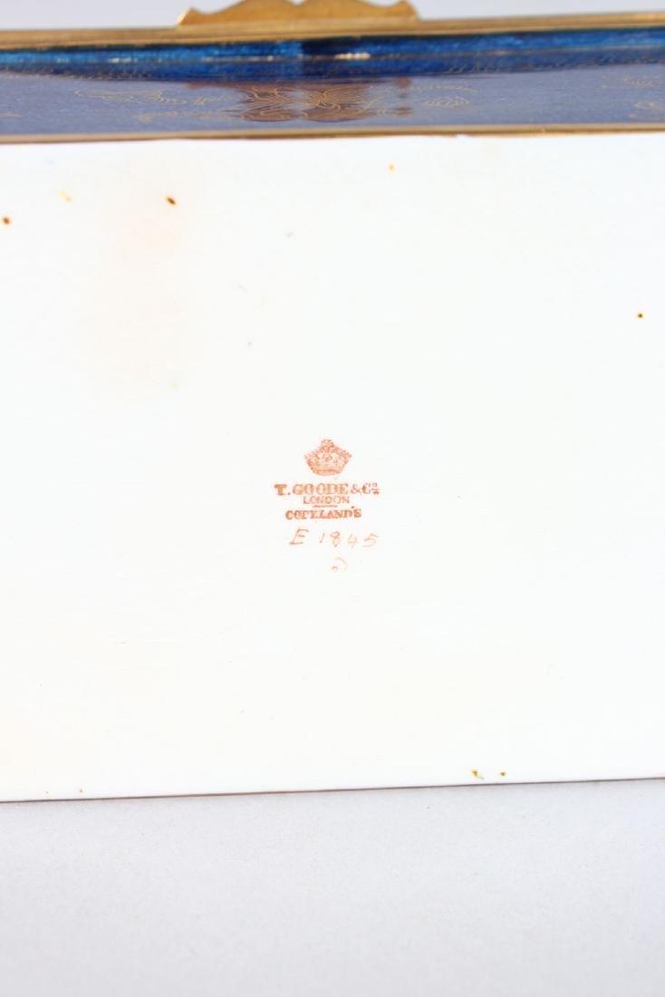 "A COPELAND PORCELAIN ""GROCERS HALL 1914"" BLUE CASKET - 3"