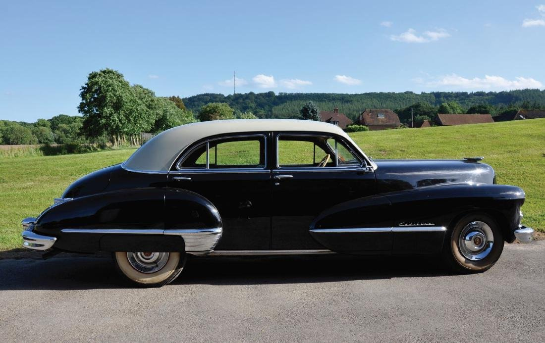 A 1947 CADILLAC FOUR DOOR SEDAN SERIES 62, Reg No. GSU - 5