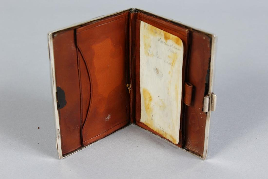 A VICTORIAN ENGRAVED SILVER CASE AND PURSE.  Birmingham - 2