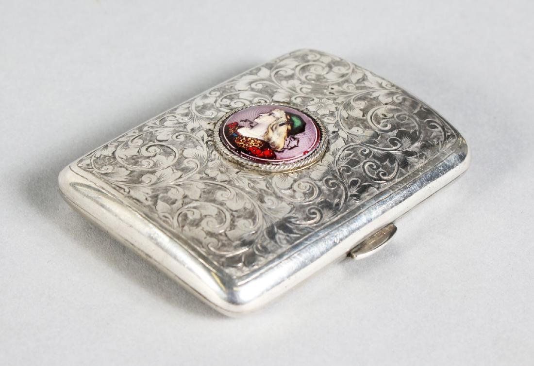 A VICTORIAN ENGRAVED CIGARETTE CASE.  Chester 1899,