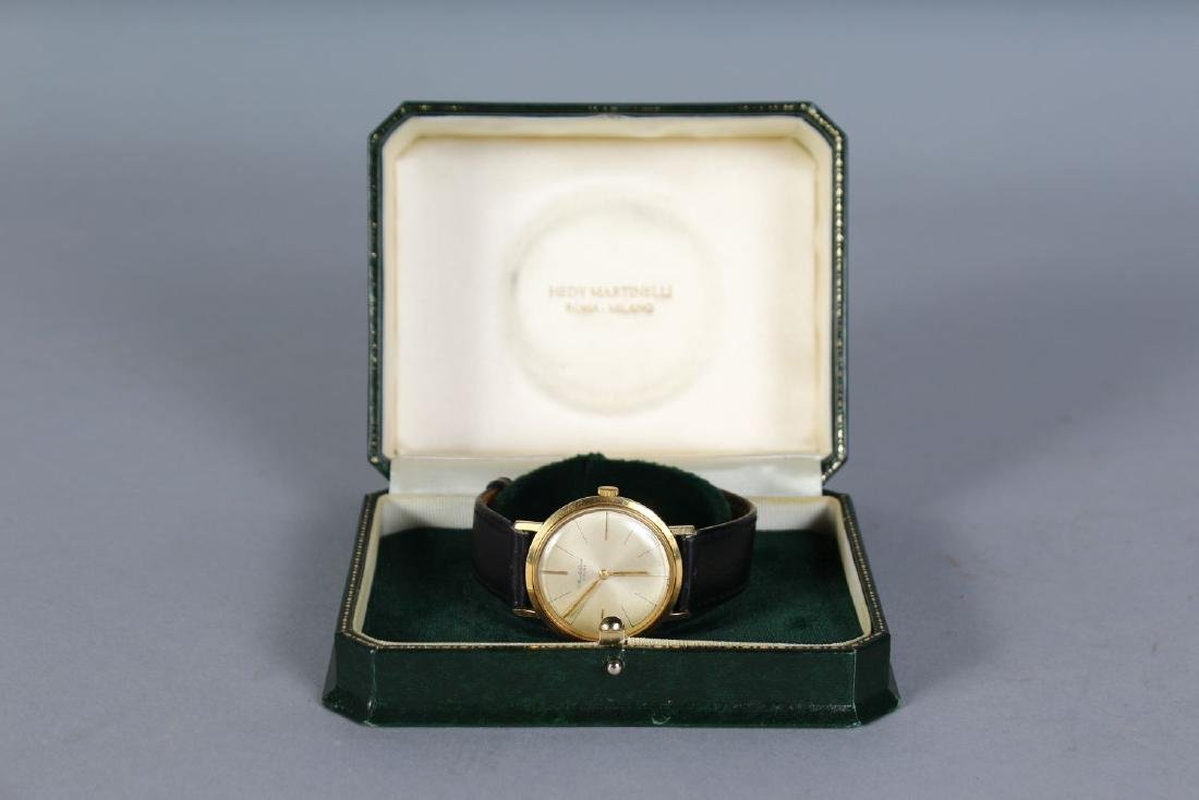 A GENTLEMAN'S 18CT GOLD BUECHE WRISTWATCH with leather - 3