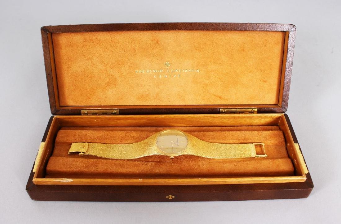 A GENTLEMAN'S 18CT GOLD VACHERON CONSTANTIN of GENEVA