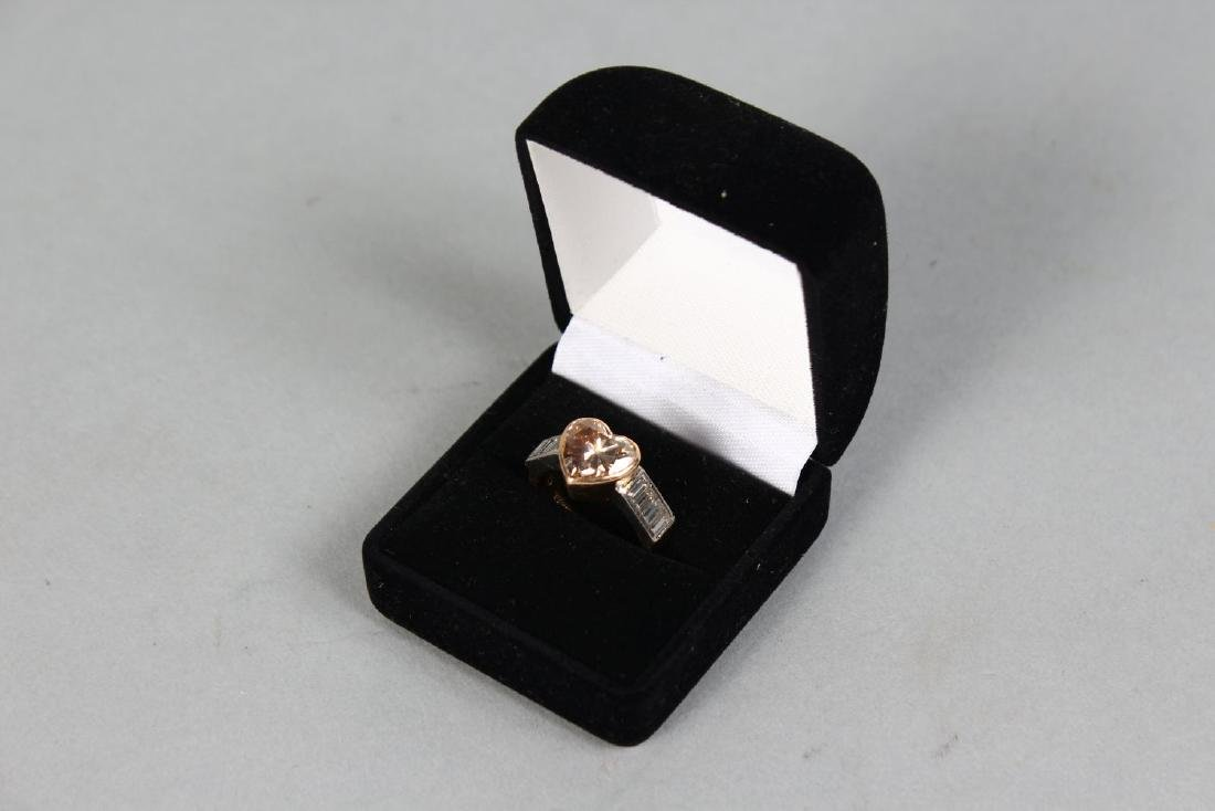 A SUPERB 18CT GOLD HEART SHAPED DIAMOND RING, with - 2