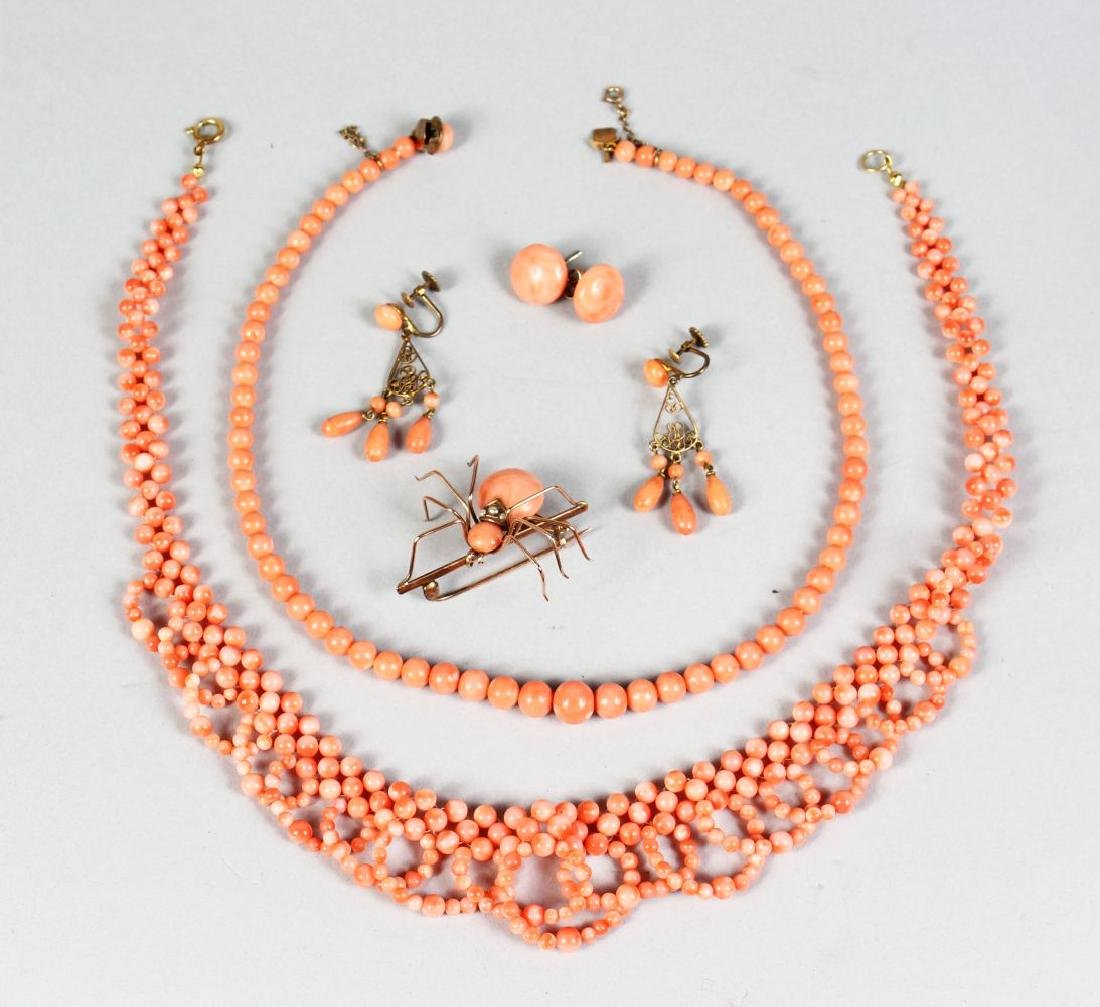 A QUANTITY OF CORAL JEWELLERY.