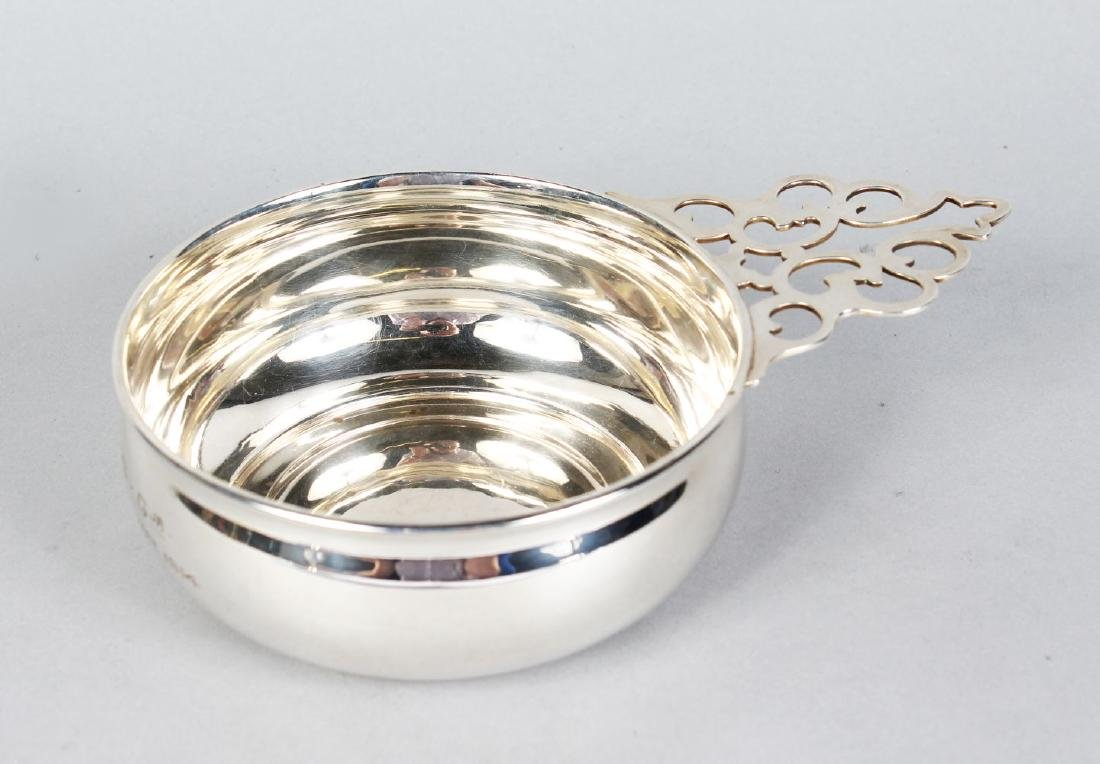 A STERLING SILVER BAILEY BANKS and RIDDLE & CO QUAICH.