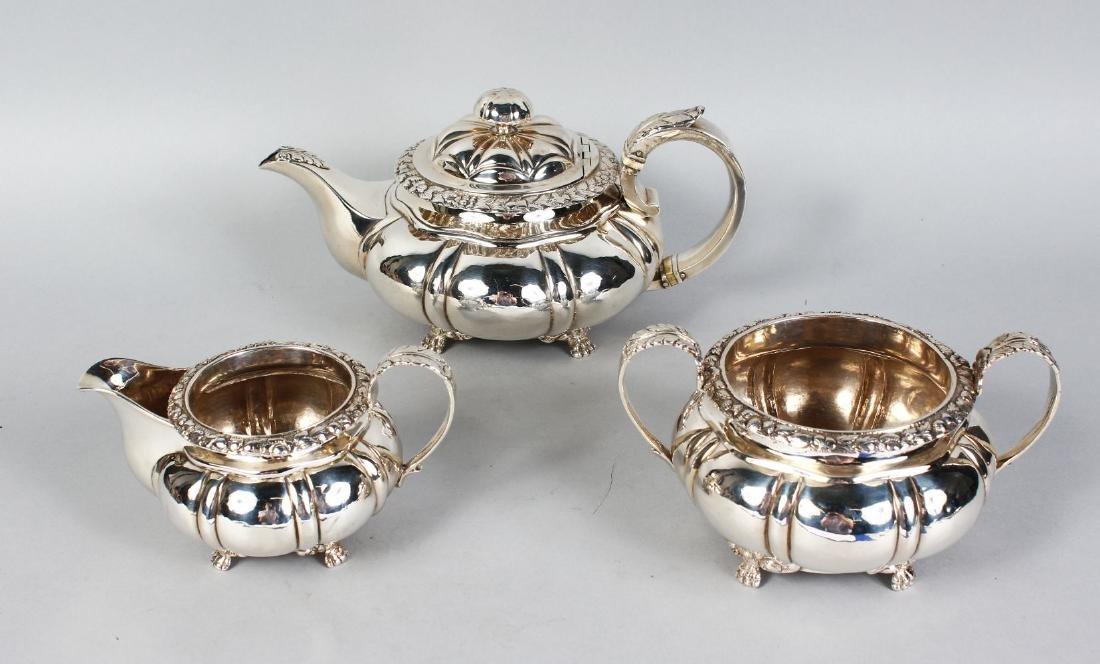 AN IRISH GEORGE IV THREE PIECE TEA SET, comprising