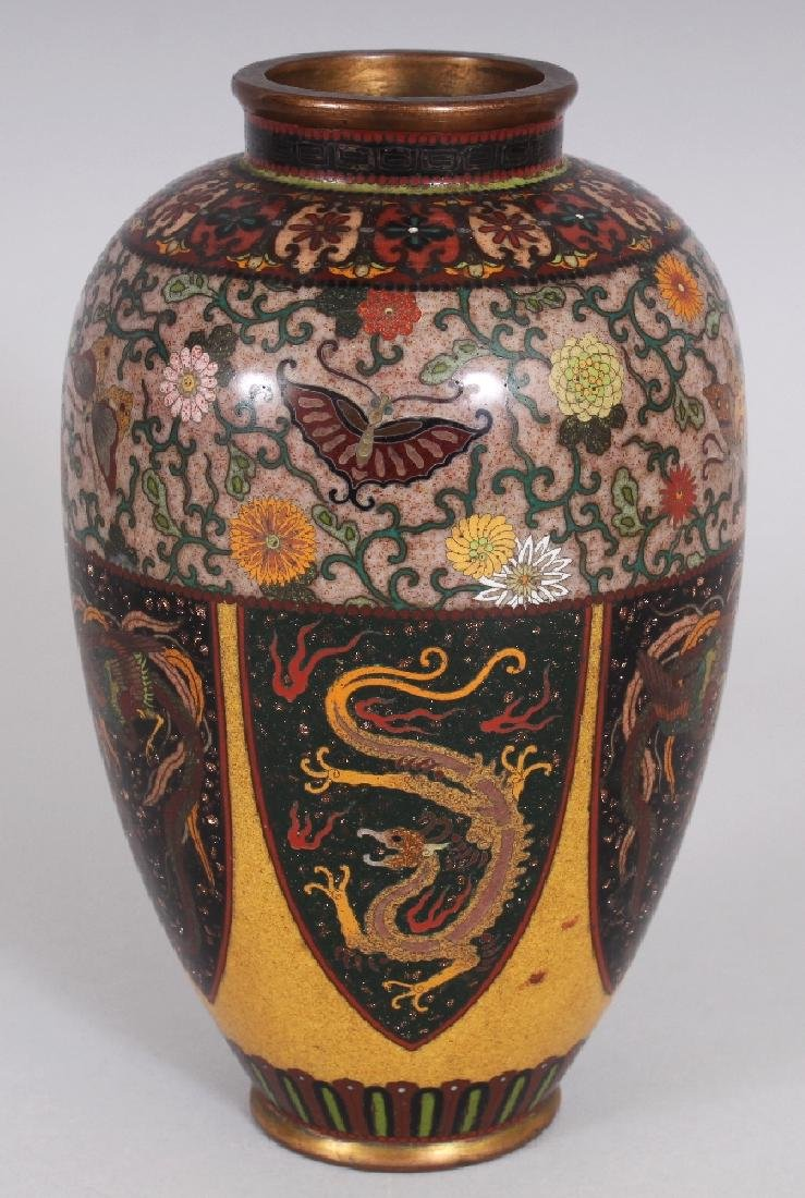A GOOD QUALITY JAPANESE MEIJI PERIOD CLOISONNE VASE, in
