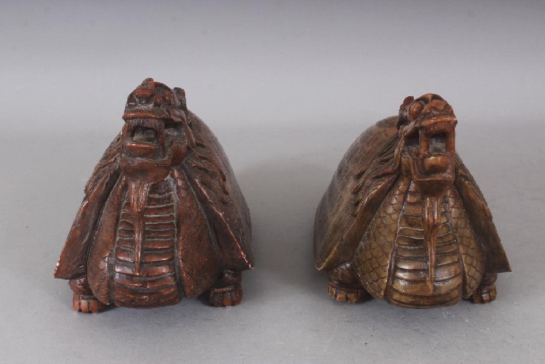 AN UNUSUAL PAIR OF 19TH/20TH CENTURY CHINESE SOAPSTONE - 3
