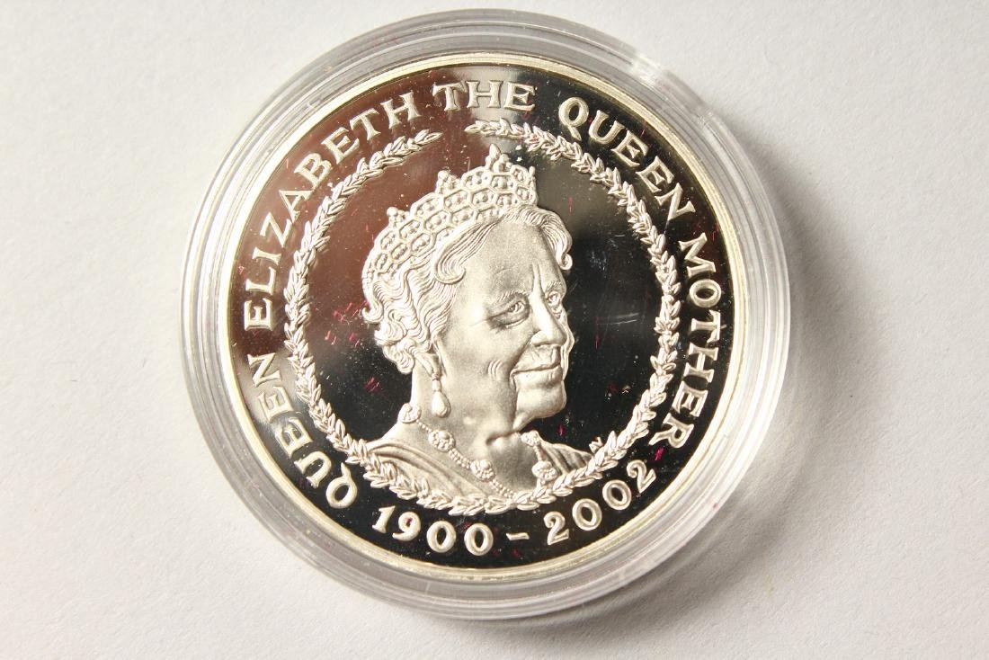 A SILVER PROOF MEMORIAL CROWN 1900-2002, The Queen - 3