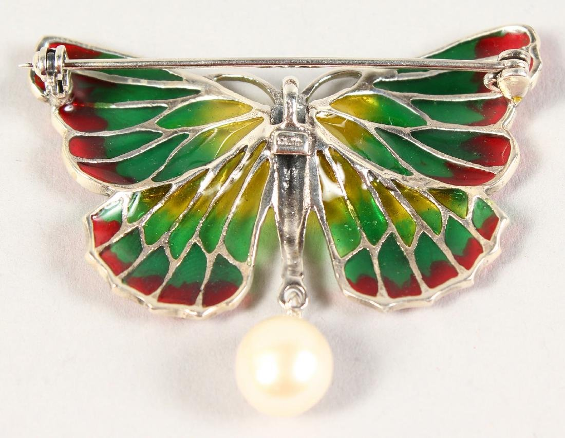 A SILVER AND PLIQUE JOUR ENAMEL BUTTERFLY BROOCH. - 2