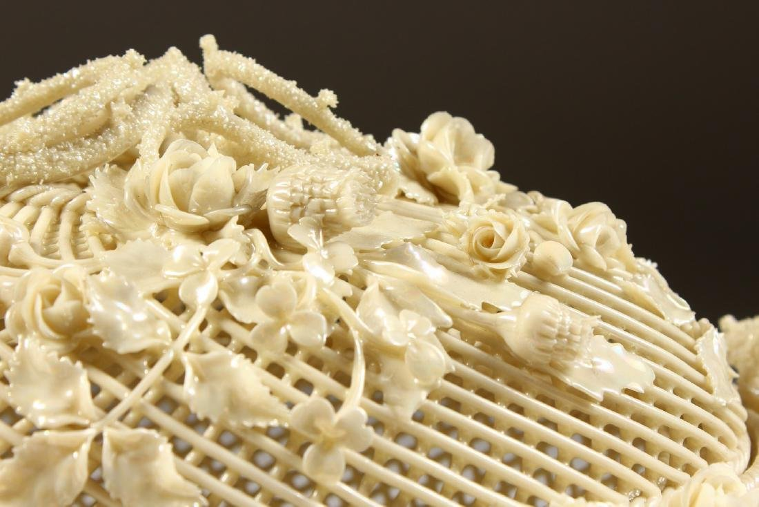 A VERY GOOD BELLEEK OVAL PIERCED BASKET AND COVER, - 2