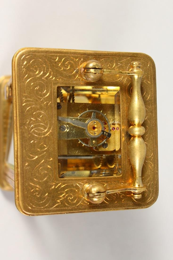 A GOOD FRENCH MINIATURE CARRIAGE CLOCK.  2.5ins high. - 2
