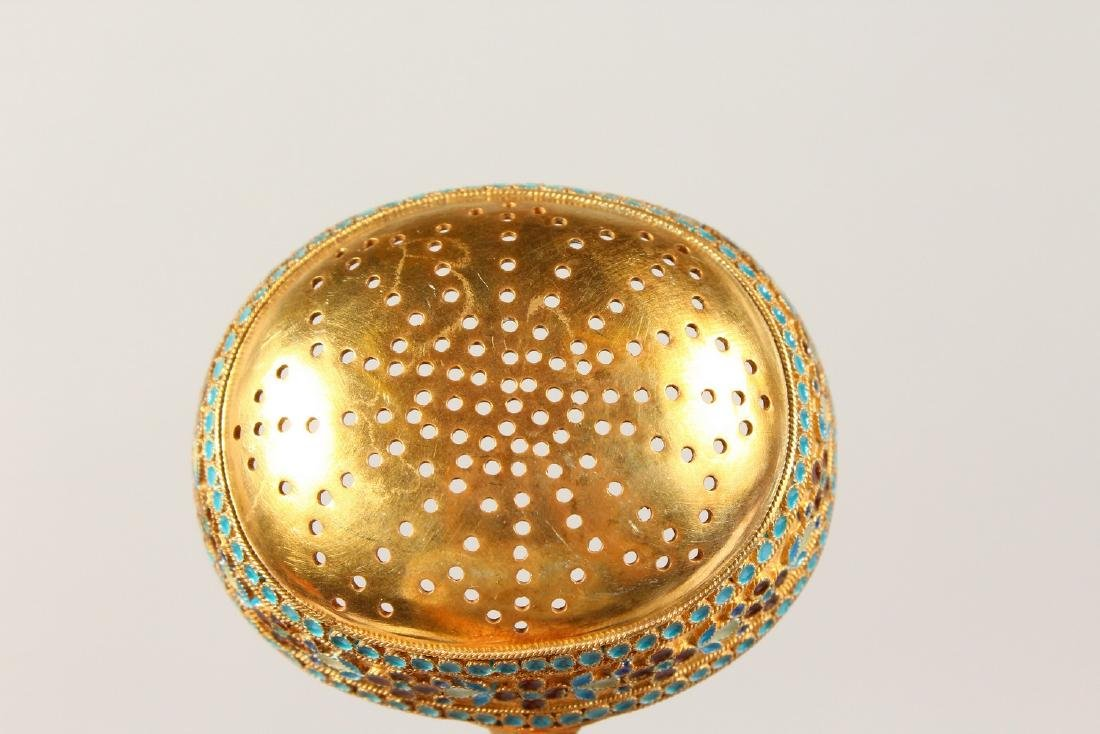 """A GOOD RUSSIAN """"FABERGE"""" STYLE SILVER GILT AND ENAMEL - 4"""