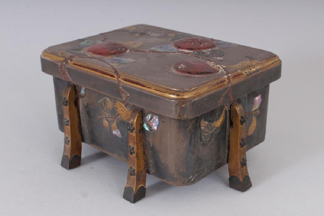 A JAPANESE MEIJI PERIOD LACQUER BOX & COVER, with - 3