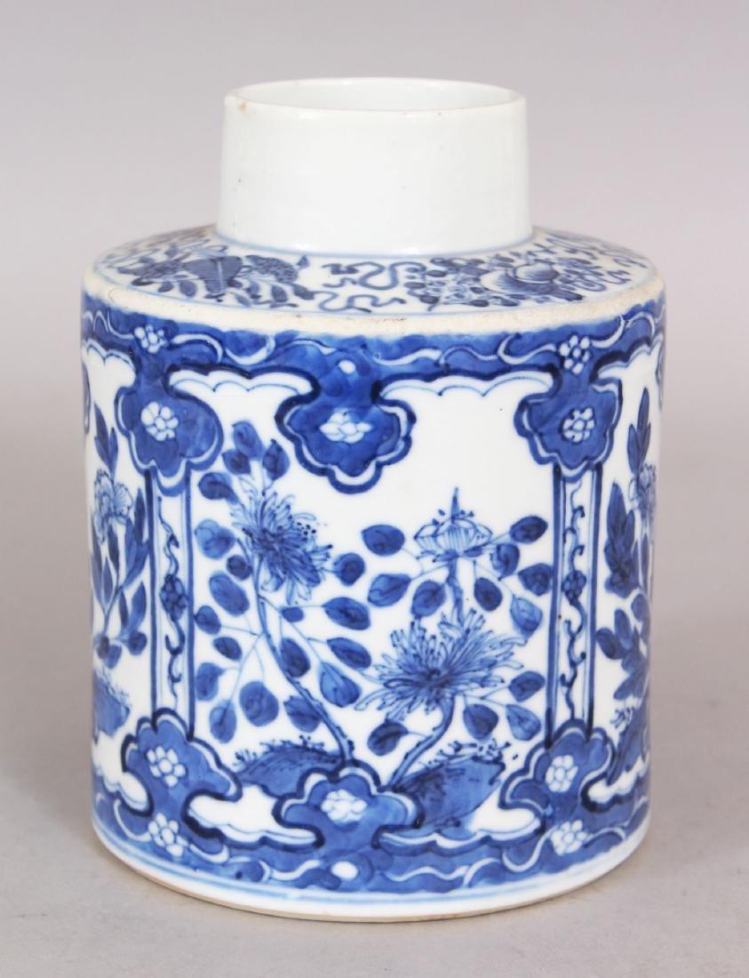 A 19TH CENTURY CHINESE BLUE & WHITE PORCELAIN TEA - 4