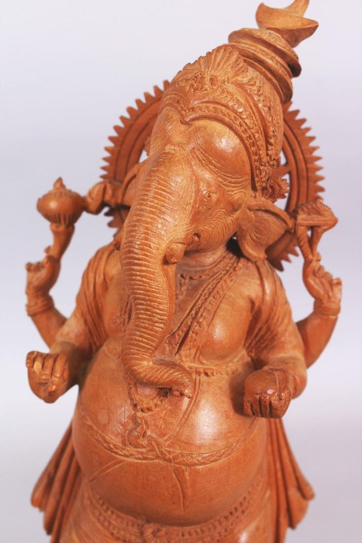 A GOOD QUALITY 20TH CENTURY INDIAN WOOD FIGURE OF - 5