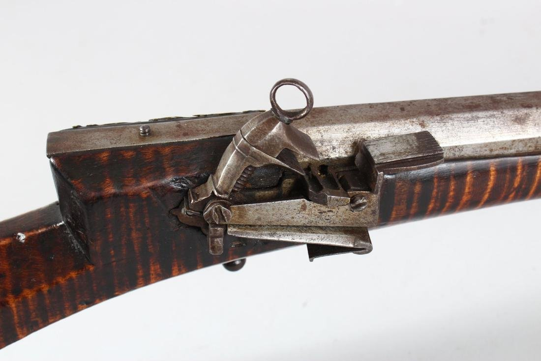 AN 18TH-19TH CENTURY OTTOMAN FLINTLOCK RIFLE with - 4