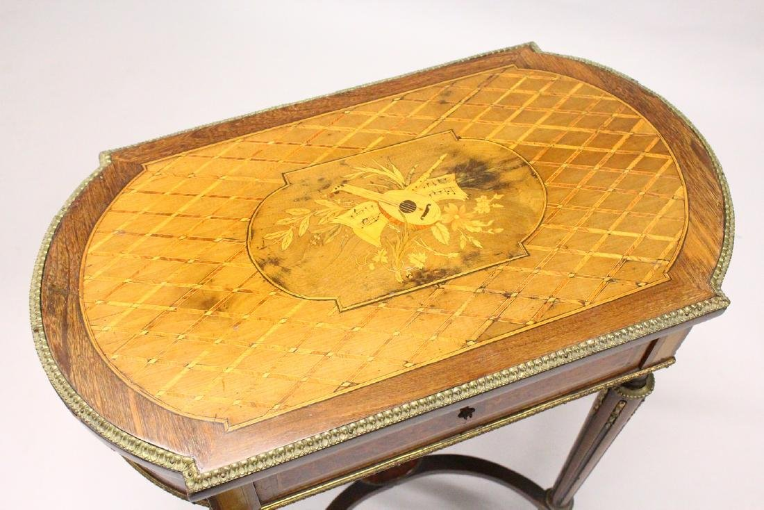 A 19TH CENTURY FRENCH KINGWOOD AND MARQUETRY INLAID - 2