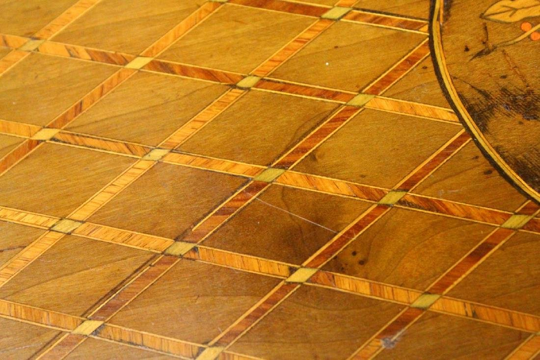 A 19TH CENTURY FRENCH KINGWOOD AND MARQUETRY INLAID - 4