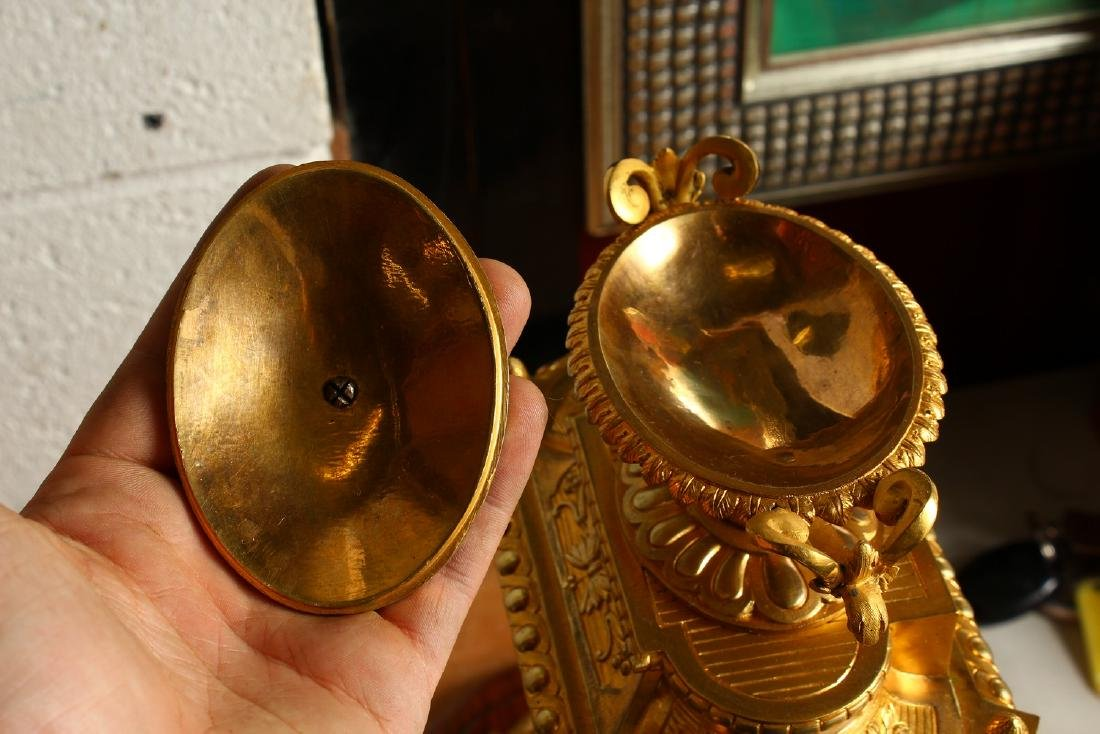 A VERY GOOD 19TH CENTURY FRENCH ORMOLU AND SEVRES - 9