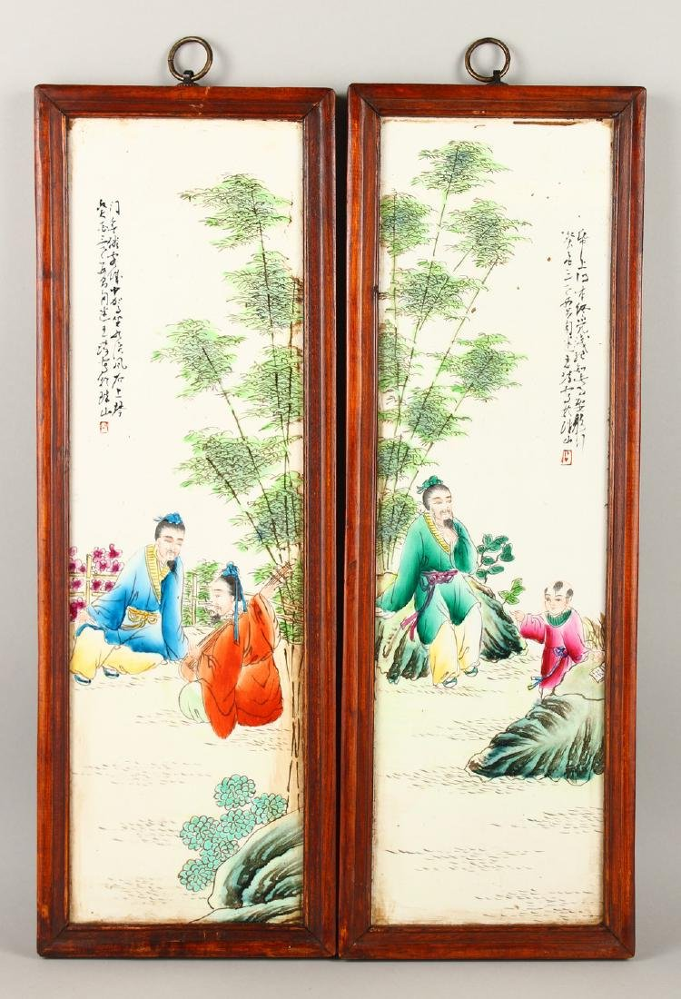 A GOOD PAIR OF CHINESE FAMILLE ROSE PORCELAIN PANELS IN