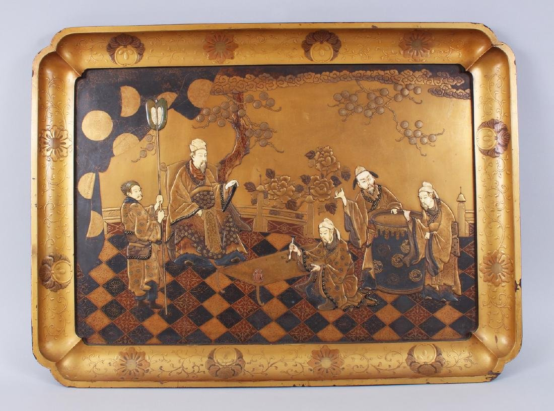 A GOOD QUALITY JAPANESE MEIJI PERIOD GOLD LACQUER &