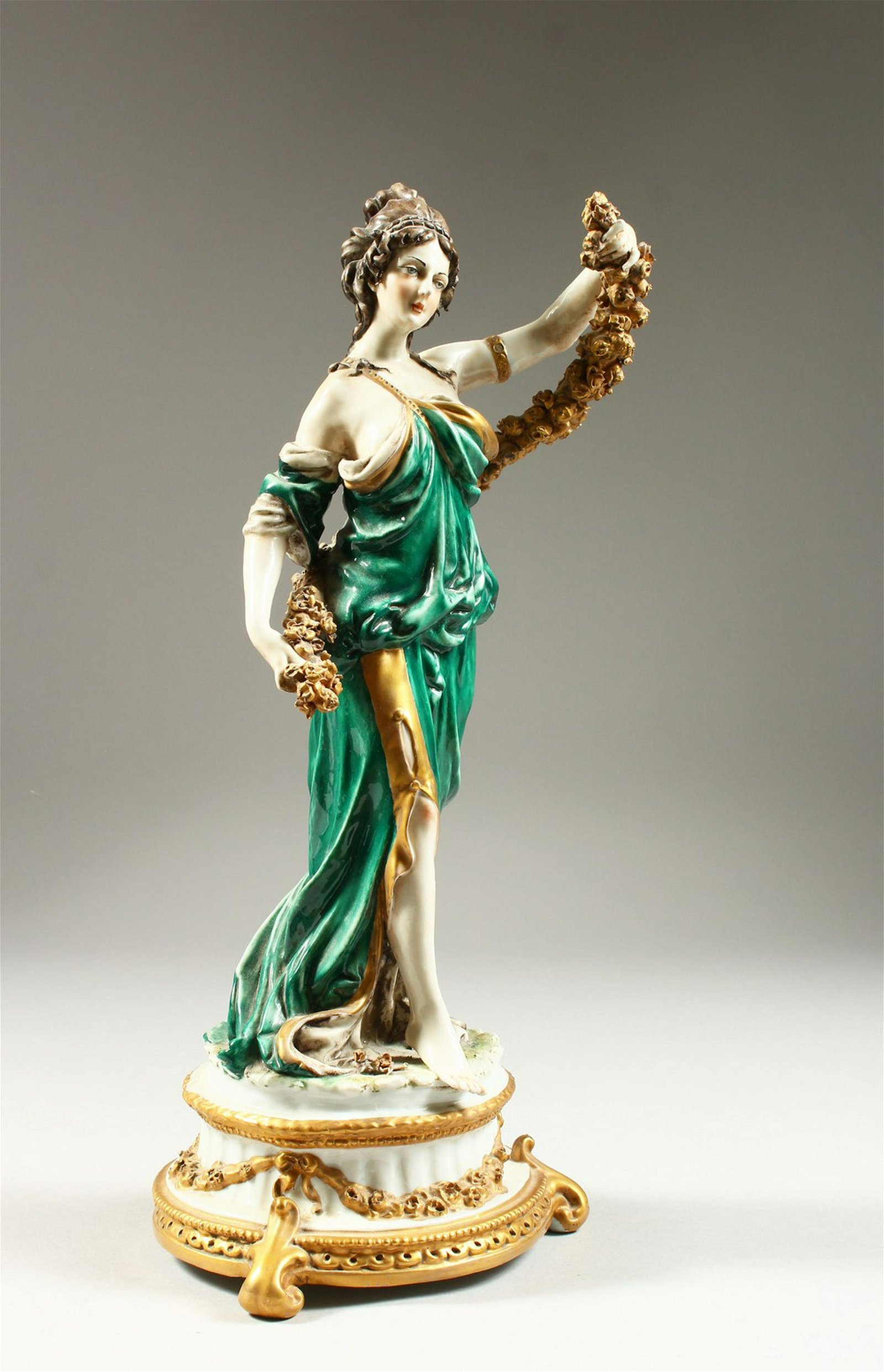 A CAPODIMONTE PORCELAIN FIGURE OF A YOUNG CLASSICAL