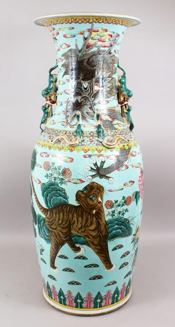 A VERY GOOD & LARGE 19TH CENTURY CHINESE TURQUOISE