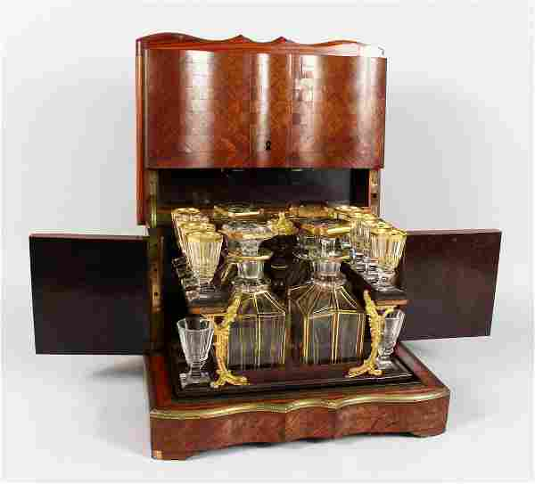 A GOOD 19TH CENTURY FRENCH PARQUETRY KINGWOOD LIQUEUR