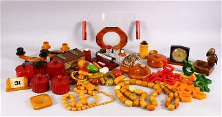 A VERY LARGE COLLECTION OF BAKELITE  CHERRY AMBER