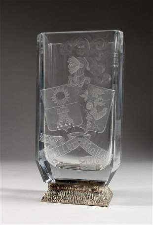 A GOOD POSSIBLY BACCARAT GLASS VASE engraved with coat