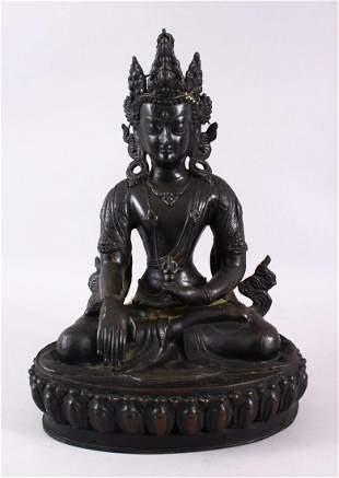 AN INDIAN BRONZE BUDDHA / DEITY, 36cm high.