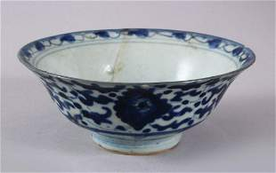 A CHINESE MING BLUE & WHITE PORCELAIN BOWL, decorated